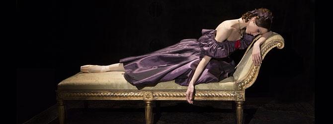 Baletti: Kamelianainen