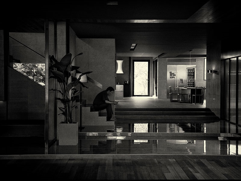 EventGalleryImage_Parasite_bw_800a.jpg