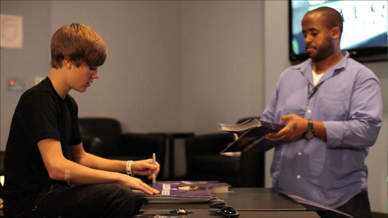 EventGalleryImage_Justin_Bieber_NSN_800a.jpg
