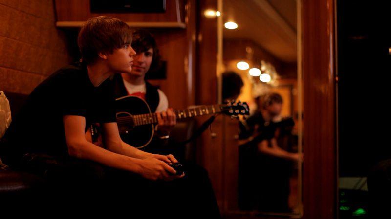EventGalleryImage_Justin_Bieber_NSN_800l.jpg